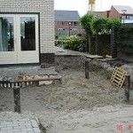 Grondwerk t.b.v. aanbouw woning incl. afsluitende laag van zand.