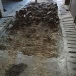 Uithakken van betonnen vloer