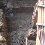 vijver graven met minigraver.